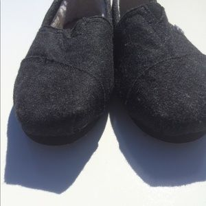 24ea097ad71 Toms Shoes - TOMS Classic wooly fleece-lined slip-on